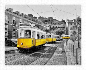 Pintoo  500 Plastic Puzzle - Yellow Trams in Lisbon